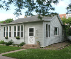 715 7th St S, La Crosse, WI 54601