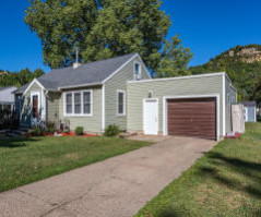 1531 29th St S, La Crosse, WI 54601