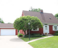 2105 30TH ST S, La Crosse, WI 54601