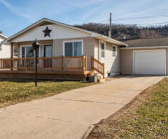 1927 28th St S, La Crosse, WI 54601