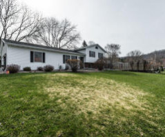 W6167 William Dr, Onalaska, WI 54650