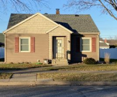 2141 Redfield St, La Crosse, WI 54601