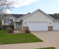 5102 Middlebrook Dr NW, Rochester, MN 55901