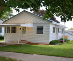108 2nd Ave SW, Spring Grove, MN 55974