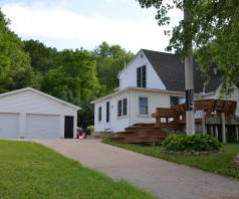 41933 Spillway Dr, Winona, MN 55987