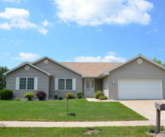 4130 Fairway ST, La Crosse, WI 54601