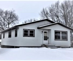 923 N 4TH AVE, Onalaska, WI 54650