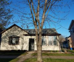 1113 11TH ST S, La Crosse, WI 54601