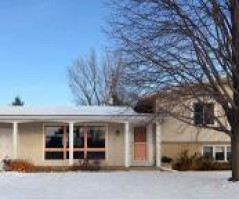 3013 LINCOLN AVE, La Crosse, WI 54601