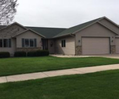 5280 CREEKSIDE PL, La Crosse, WI 54601