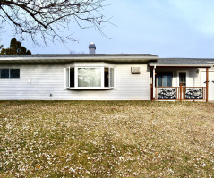 2940 S Indian Creek Road, Fountain City, WI 54629